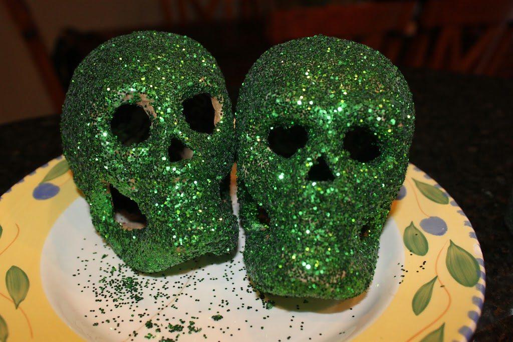 glitter-skulls-6