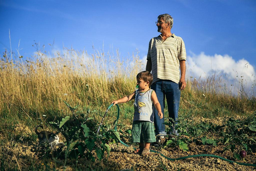 green kids gardening
